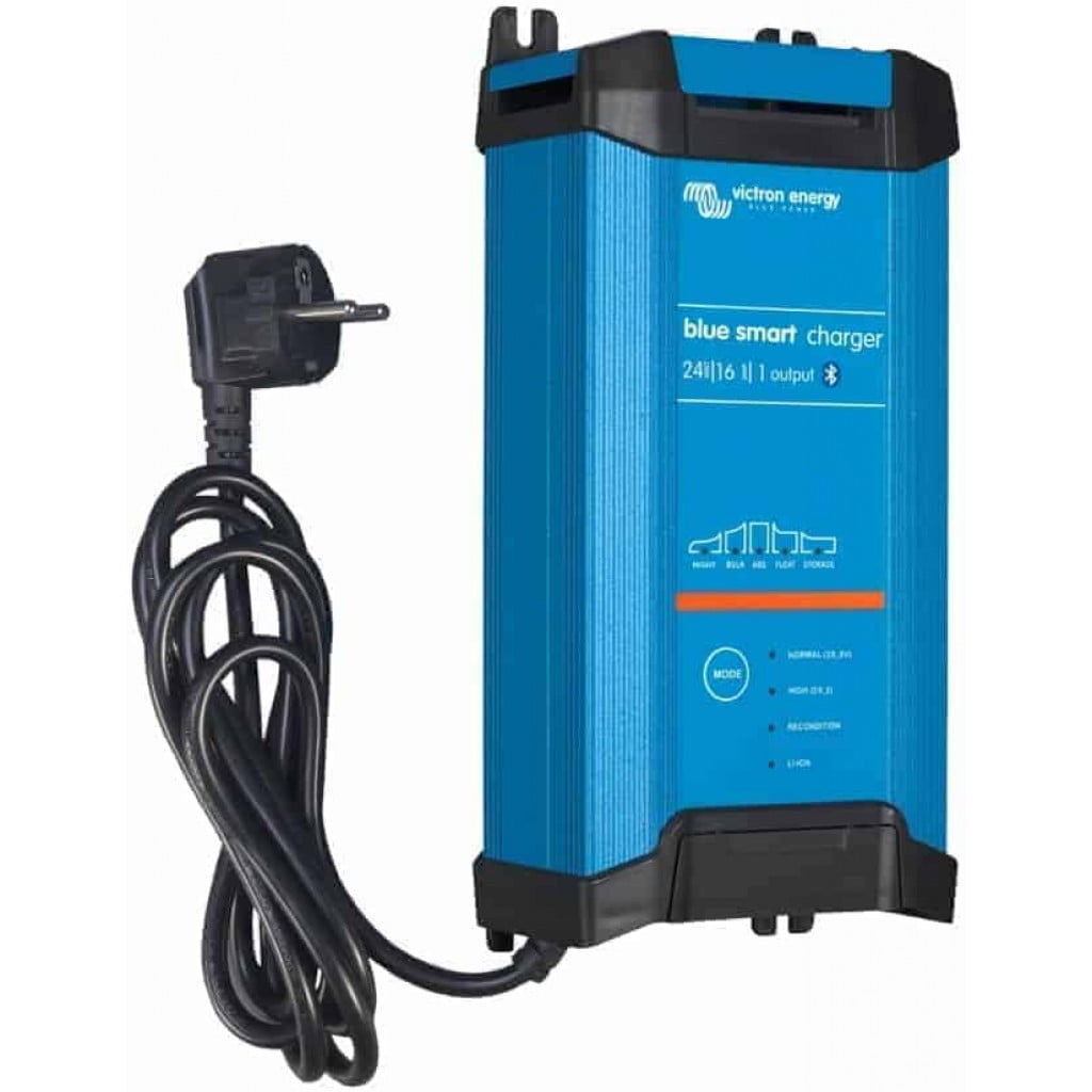 Victron Blue Smart IP22 Acculader 24/16 (3)